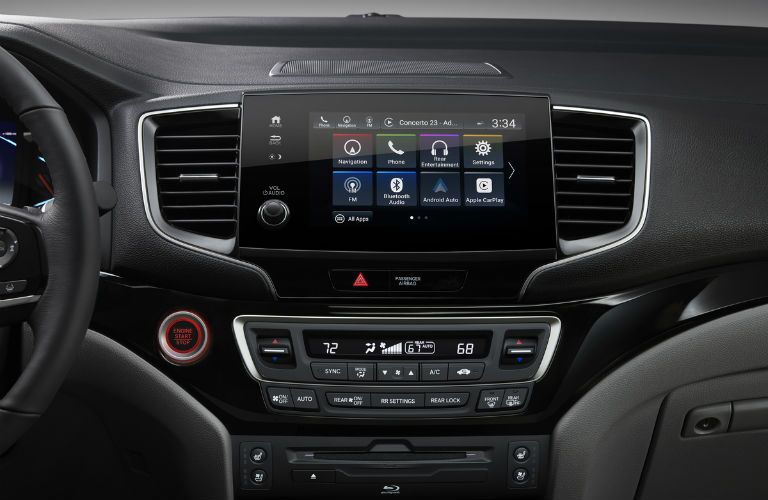 Touchscreen display of the 2019 Honda Pilot