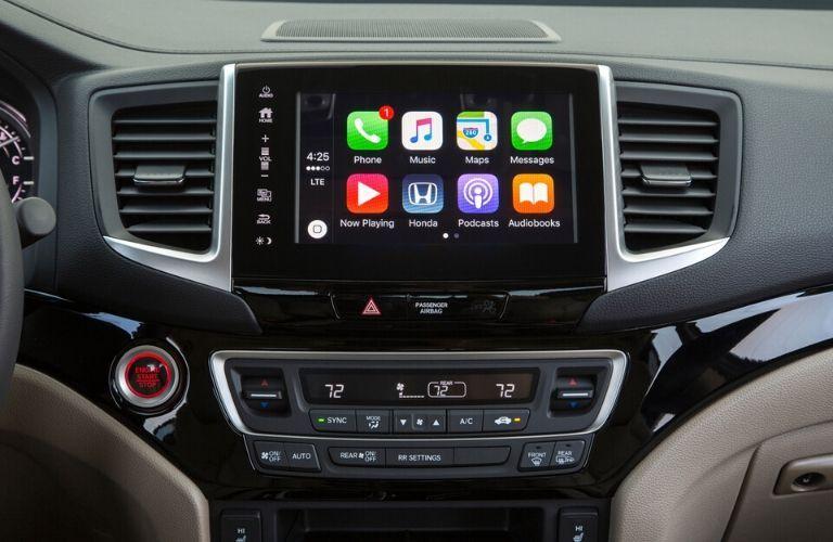 Apple CarPlay on 2020 Honda Ridgeline touchscreen display