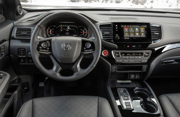 Front dash of 2020 Honda Passport