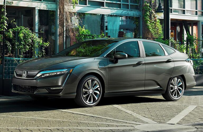 Driver side exterior view of a Honda Clarity Plug-In Hybrid