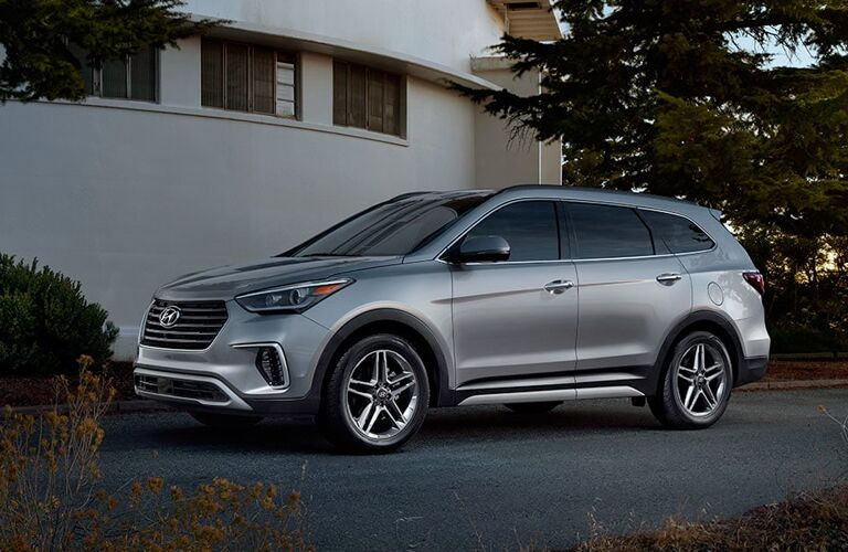 2019 hyundai santa fe xl full view parked