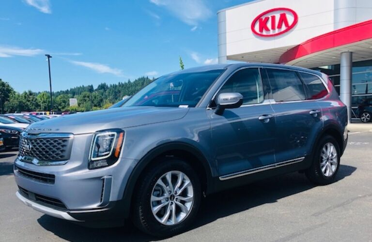 2020 Kia Telluride blue side view at Kia of Puyallup