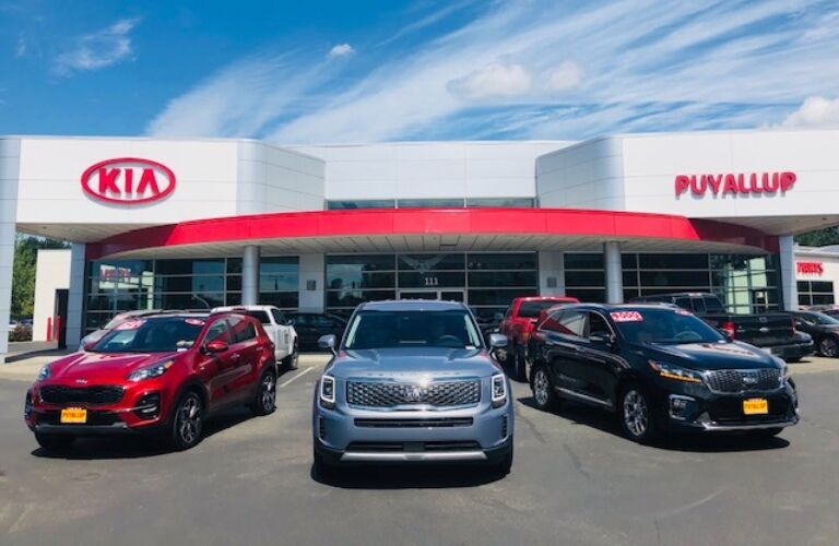 2020 Kia Telluride with other Kia SUVs at Kia of Puyallup