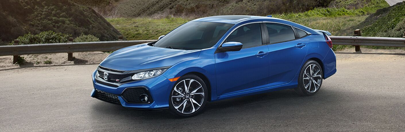 Blue 2019 Honda Civic Si Sedan Parked on a Highway Overlook