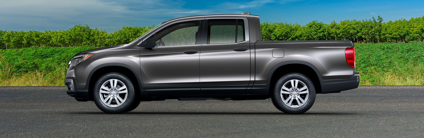 2019 Honda Ridgeline exterior side