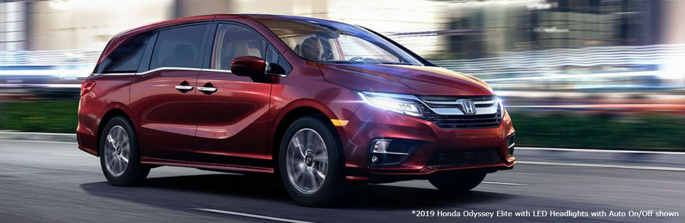 2019 Honda Odyssey Elite with LED Headlights with Auto On/Off