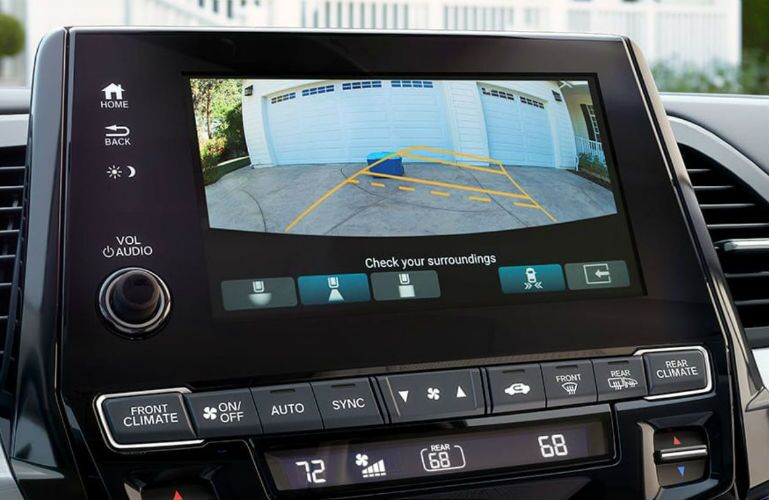 2019 Honda Odyssey with Rearview Camera on Display Audio Touch-Screen