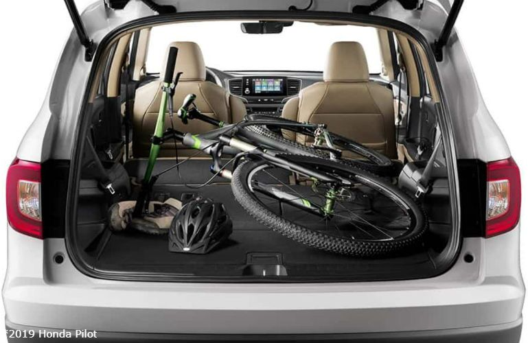 2019 Honda Pilot with a bike in the cargo area