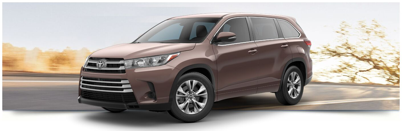 2018 Toyota Highlander parked on the road