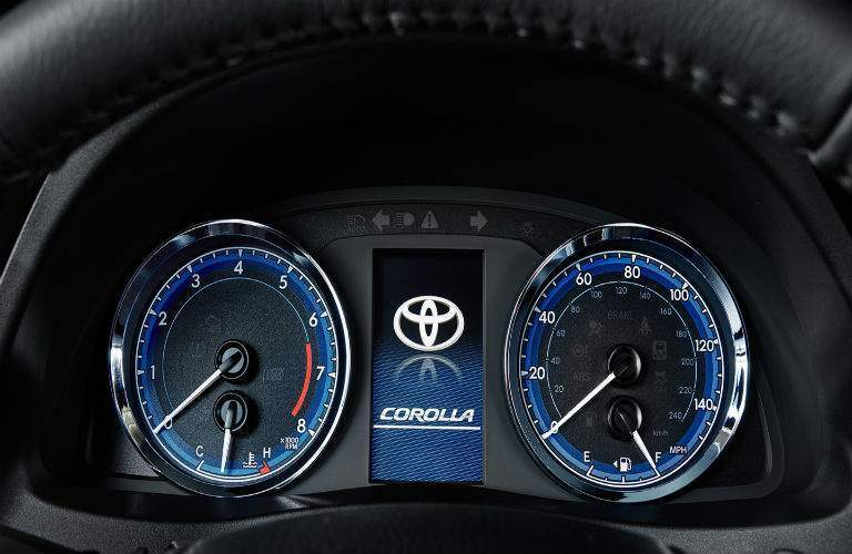instrument panel in 2018 Toyota Corolla