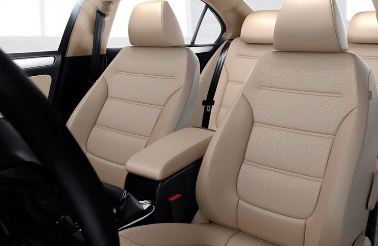 Interior shot of the tan leatherette seats in the 2018 Volkswagen Jetta