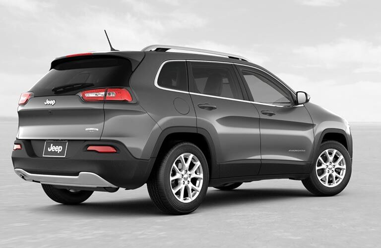 full view from back and side of 2018 jeep cherokee