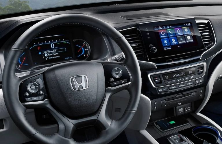 2021 Honda Pilot Steering Wheel, Center Console and Dashboard
