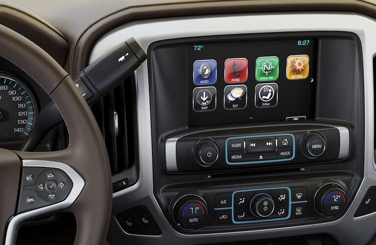 closeup view of touch screen inside the 2018 chevy silverado 1500