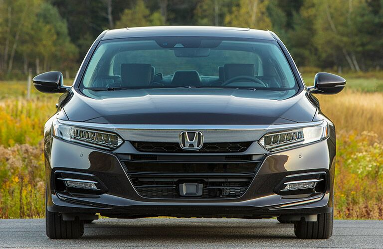closeup view of 2018 Honda Accord Hybrid grille and headlights