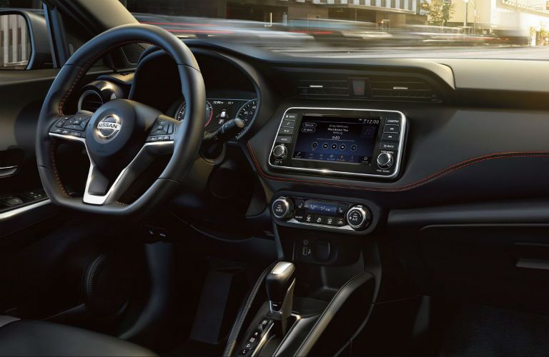 2018 Nissan Kicks infotainment system and steering wheel