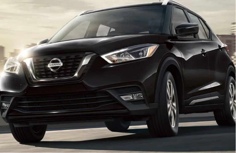 2019 Nissan Kicks in black