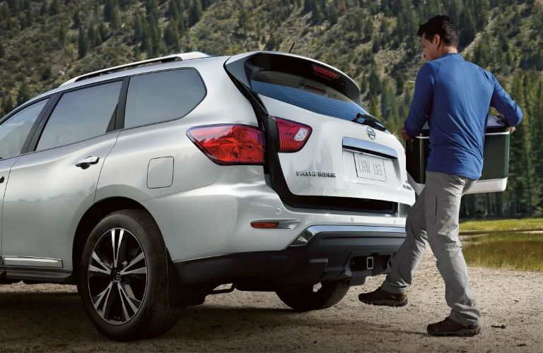 2019 Nissan Pathfinder with available foot-activated, power liftgate