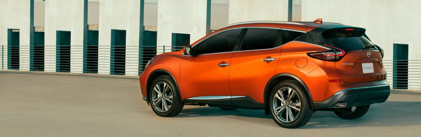 A left profile photo of the 2020 Nissan Murano.