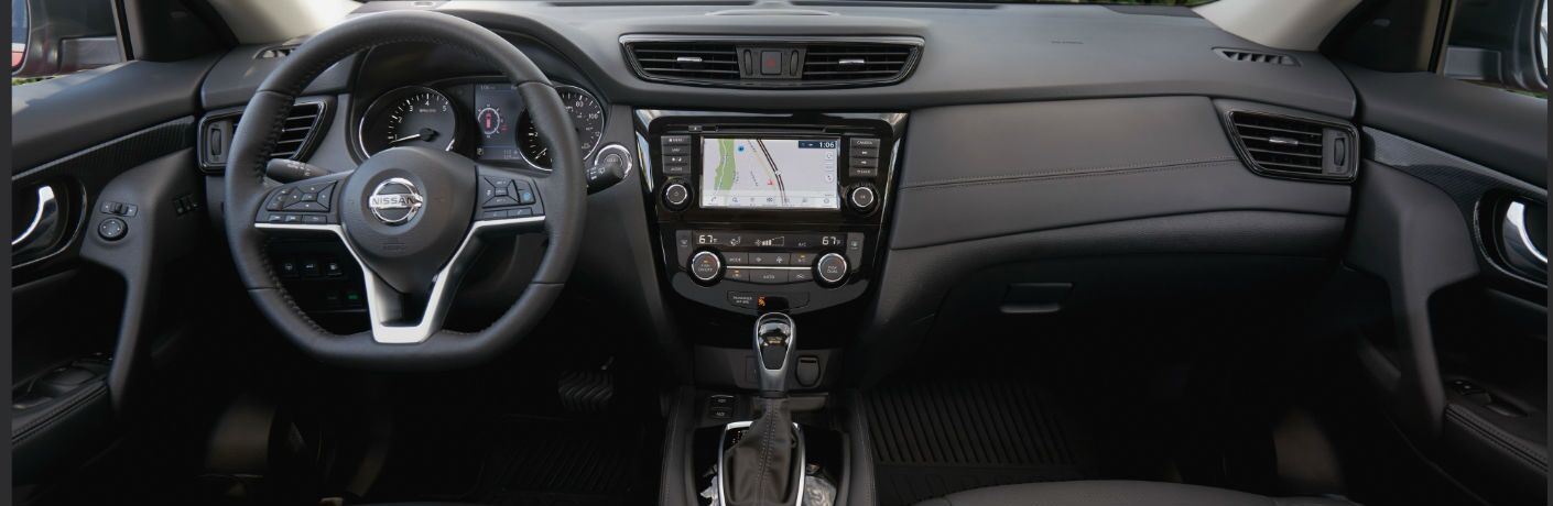A photo of the dashboard in the 2020 Nissan Rogue.