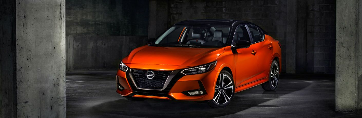 A front left quarter photo of the 2020 Nissan Sentra.