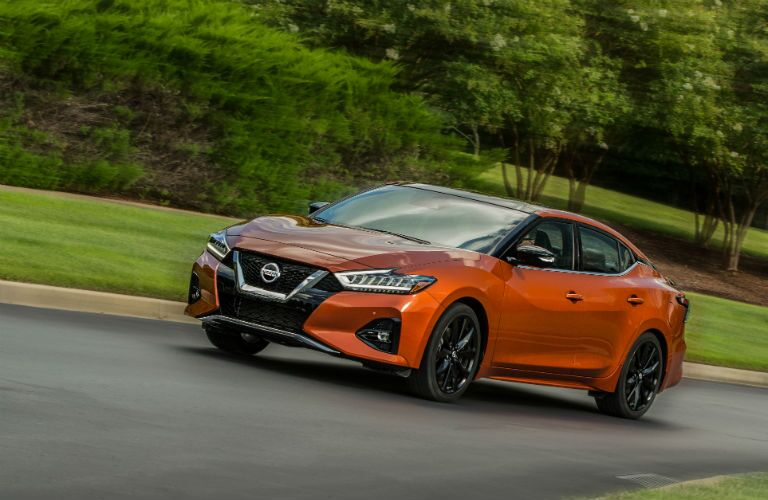 A left front quarter photo of the 2020 Nissan Maxima.
