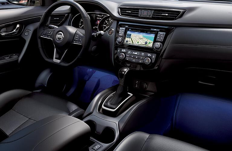 2018 Nissan Rogue front interior
