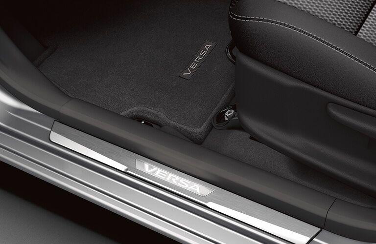 2019 Nissan Versa door panel