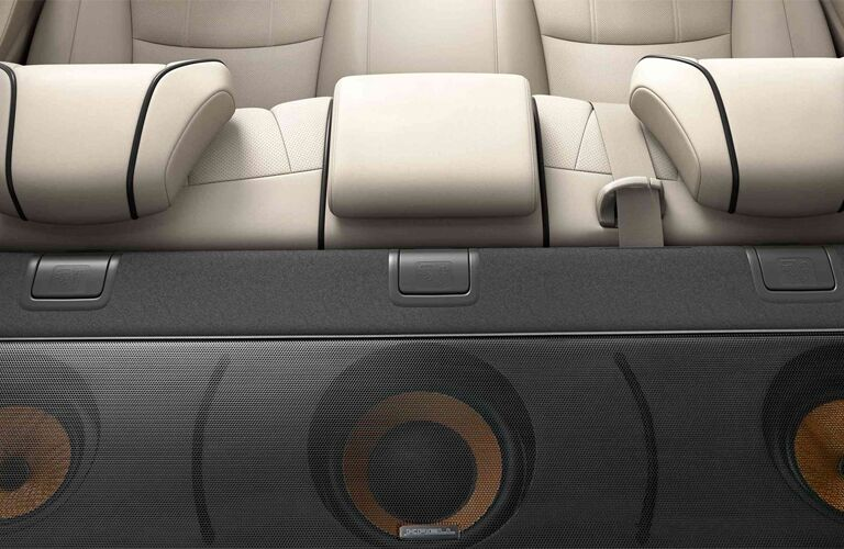 Rear speaker system of 2019 Acura RLX