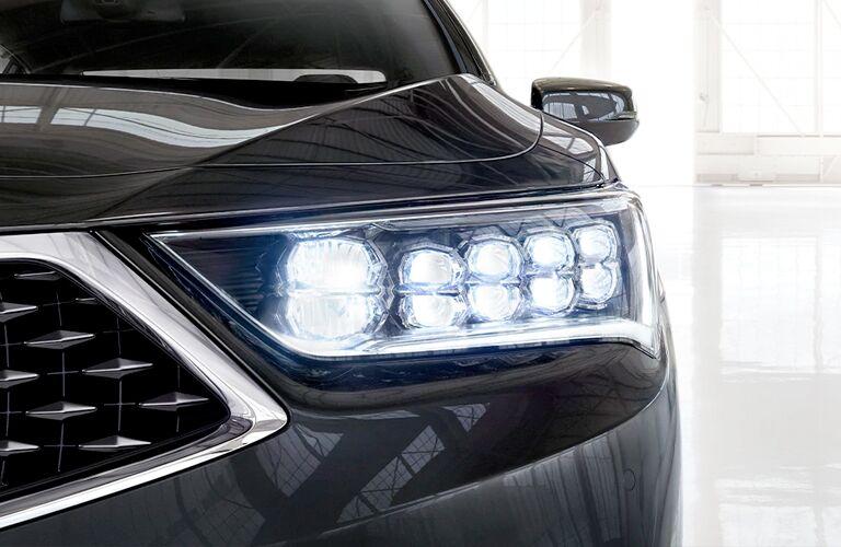 Headlight on black 2020 Acura RLX