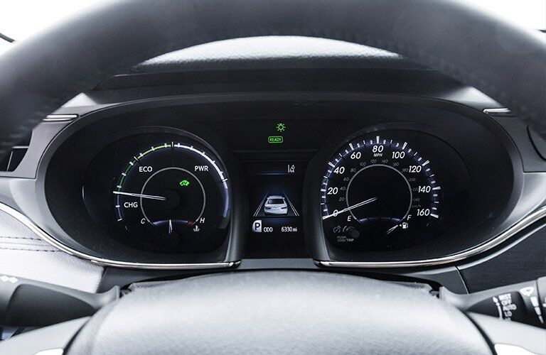 2017 toyota avalon hybrid multi-information display interior