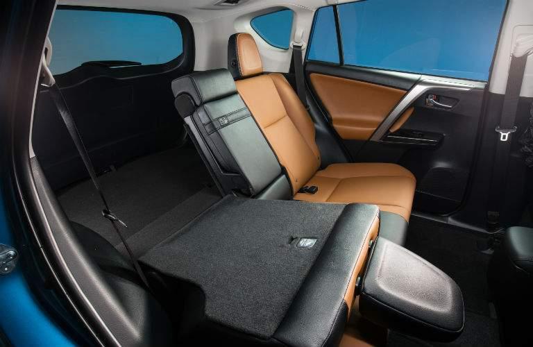 2018 Toyota RAV4 Hybrid Interior Cabin Rear Seats Split-Folding