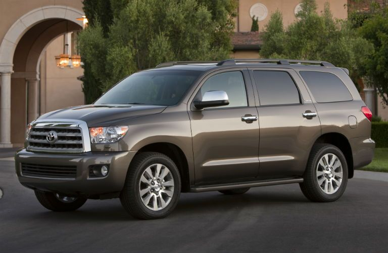 2018 Toyota Sequoia Exterior Driver Side Front Angle