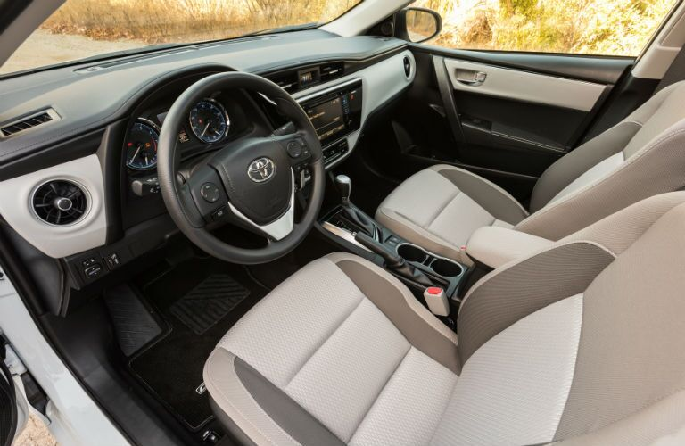 2018 Toyota Corolla Interior Front Cabin Steering Wheel and Dashboard