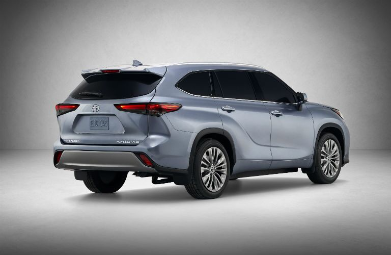 2020 Toyota Highlander Exterior Passenger Side Rear Profile