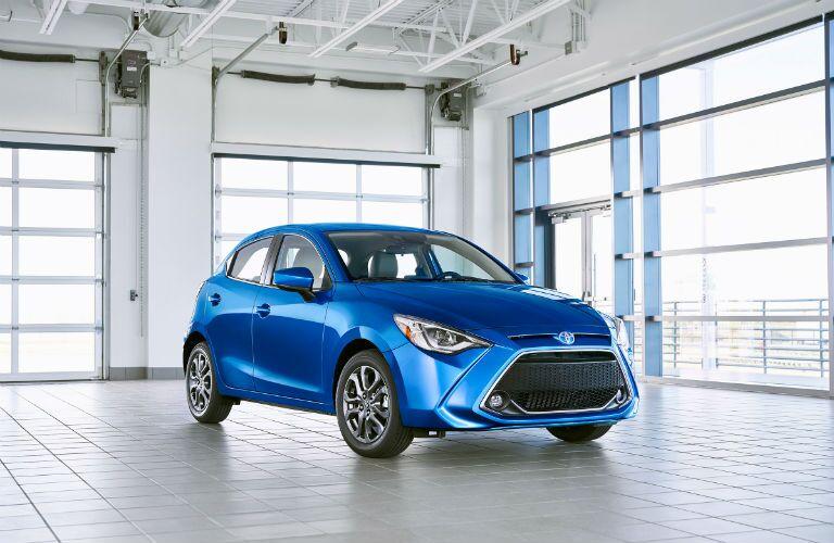 2020 Toyota Yaris Hatchback Exterior Passenger Side Front Profile