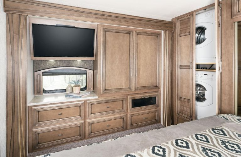2020 Newmar Canyon Star wood paneling display
