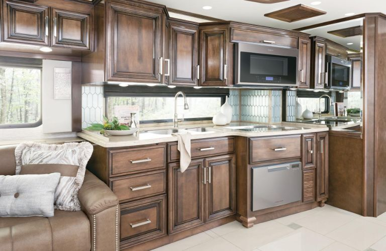 2020 Newmar London Aire kitchenette area