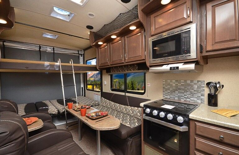 2021 Northwood Desert Fox beds and kitchen