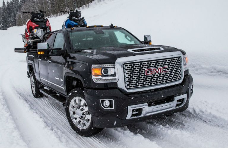 GMC Sierra 2500HD Denali driving in snow