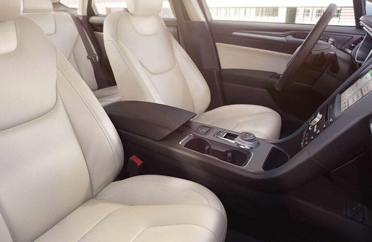 2018 Ford Fusion front passenger seats