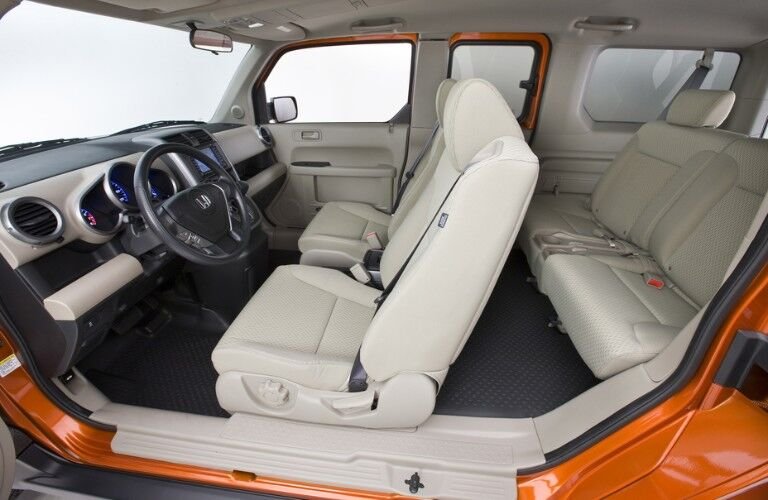 Driver angle of the seats inside the 2011 Honda Element