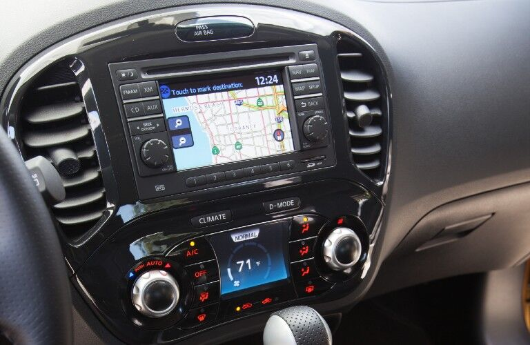 Touchscreen display inside the 2013 Nissan JUKE