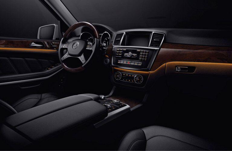 Mercedes-Benz GL-Class dashboard
