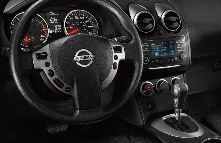 Steering wheel inside the 2014 Nissan Rogue Select
