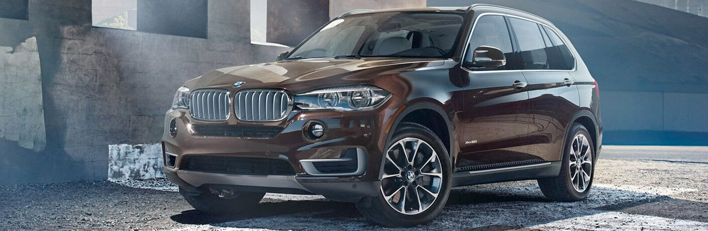 2018 BMW X5 front and side profile