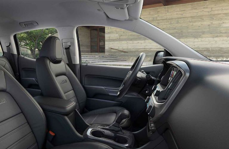 GMC Canyon front seats