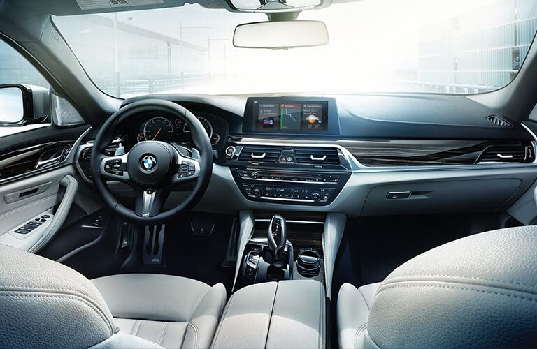 Front row interior inside the 2019 BMW 5 Series