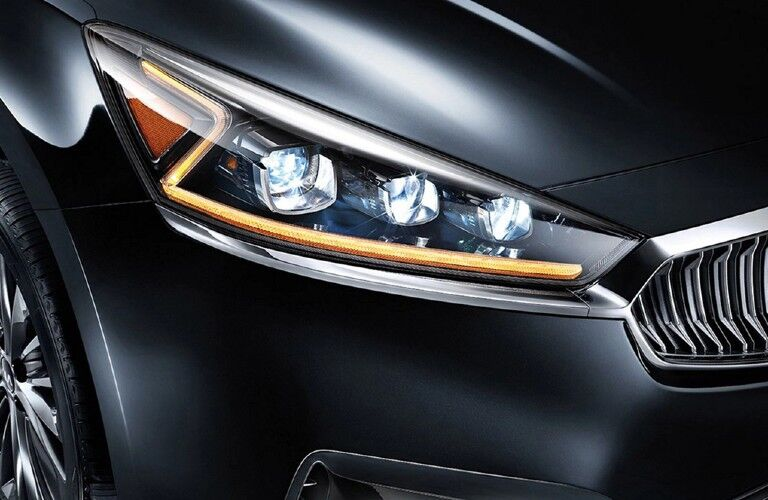 Headlight on a dark gray 2019 Kia Cadenza