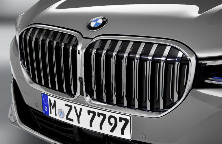 2020 BMW 7 Series European model exterior close up of front fascia grille